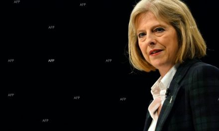 Тереза Мей ще отхвърли искането за шотландски референдум